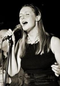 Ellie Rose Singer - Female Singer
