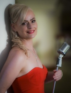 Leonora Jane - Female Singer