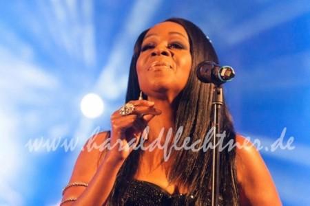 Jordan Bailey - Female Singer