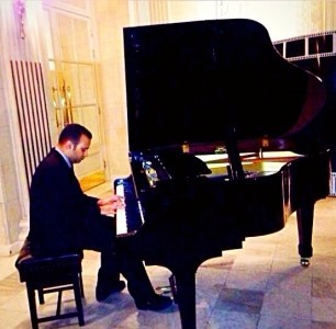 Sam K - Pianist / Keyboardist