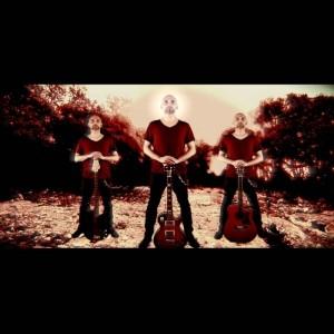 Stephen Perricone - Acoustic Guitarist / Vocalist