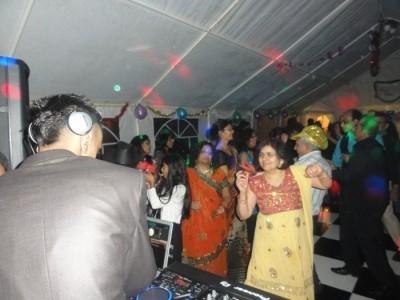 DJ Mitz - Nightclub DJ