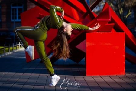 Juju - Female Dancer