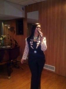 Jennifer M. Vicente - Female Singer