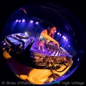 Miss Detonate & Berner Show - Nightclub DJ