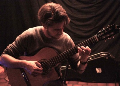 Tom Janes - Classical / Spanish Guitarist