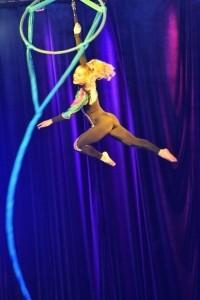Candice Storley - Aerialist / Acrobat