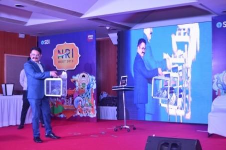 Sumit Kharbanda - illusionist & ipad Magician - Other Magic & Illusion Act