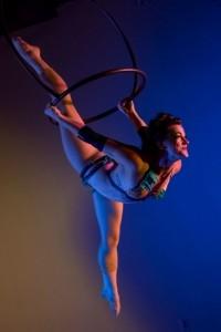 Elise Sipos - Aerialist / Acrobat