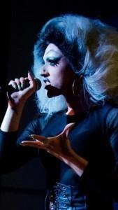 Foxxy - Drag Queen Act