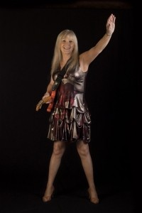 Rhiannon Rae - Guitar Singer
