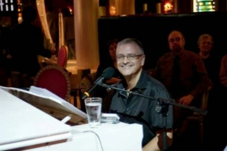 Andy Wells - Pianist / Keyboardist
