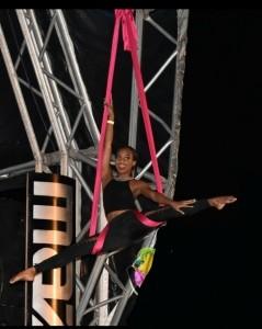 Kiah Richards - Aerialist / Acrobat