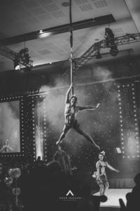 Miley Rose - Aerialist / Acrobat