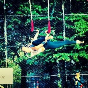 Amy Schulster - Aerialist / Acrobat