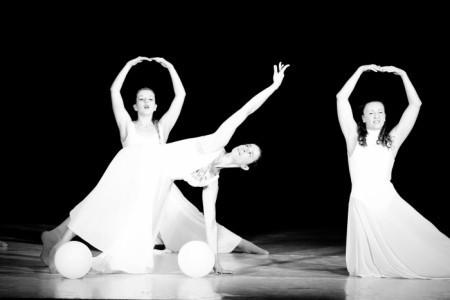Daniela Danza - Dance Act