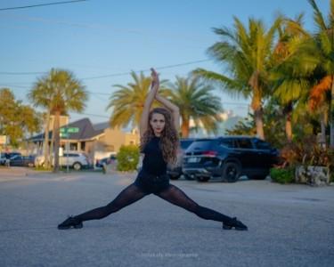 Jaimi McPeek - Female Dancer