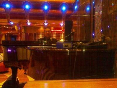 Perry D. De Guzman - Pianist / Keyboardist