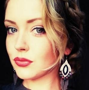 Emily  - Female Singer