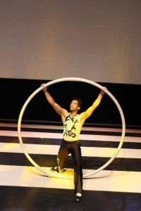 Duo arial straps, duo arial pole, cyr wheel , cube, solo straps  - Aerialist / Acrobat
