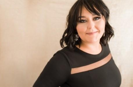 Amanda Jane Ross - Female Singer