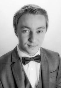 Robbie 'Jerome' Cockburn - Comedy Cabaret Magician