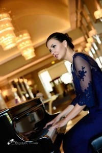 Sonja Agata Biscan - Pianist / Singer