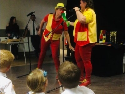 Kelly and Debbie - Entertainers - Children's / Kid's Magician