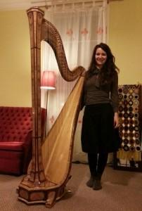 Rita Schindler Harpist image