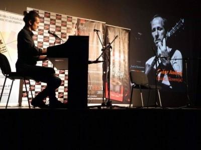 SteveBoy  - Pianist / Singer