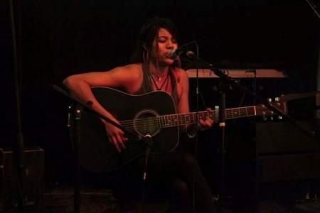 Mileva - Guitar Singer