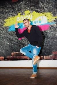 Kam - Male Dancer