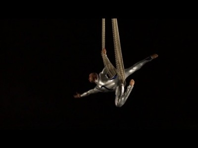 Aerial Duo with solo acts - Aerialist / Acrobat