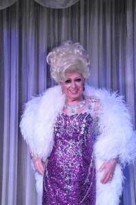 BOBBIE KENT - Drag Queen Act