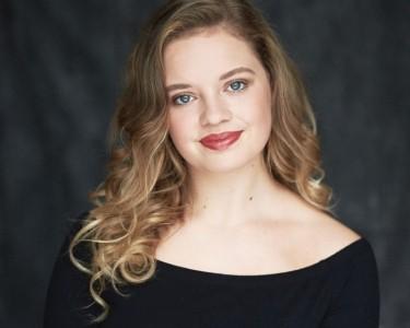 Cerys Brady  - Female Dancer