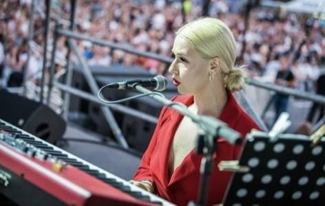 Anya G - Female Singer