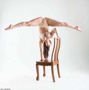 Catherine Meadley - Aerialist / Acrobat