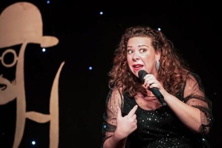 Joanne Jollie - Comedy Singer