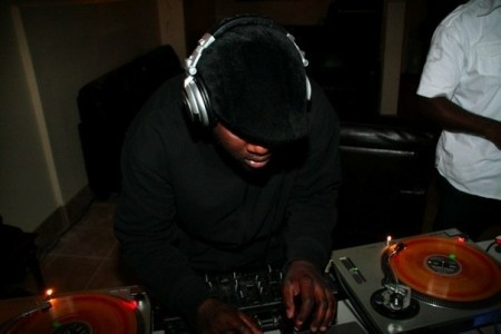 Mike Stoan - Nightclub DJ
