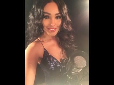 Sophia Romain - Female Singer