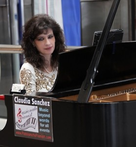 Claudia Sanchez - Pianist / Keyboardist