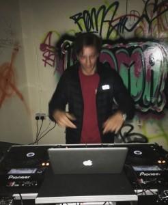 DJ Basil - Nightclub DJ