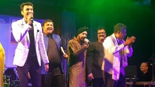 live Hindi & Punjabi song singing - Male Singer