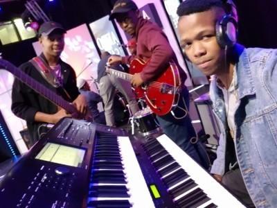Ndumi Magida - Pianist / Keyboardist