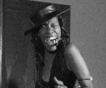 Ms.Reec Pearl  - Female Singer