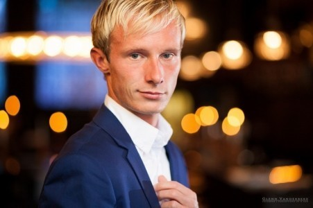 Simon Ferris - Male Singer