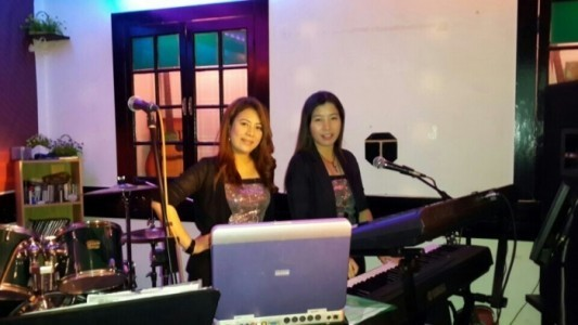 Friction Beat Duo - Female Singer