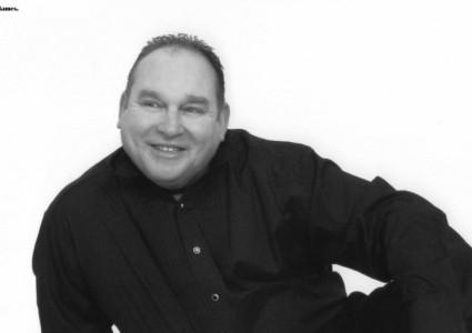 Paul K James - Male Singer