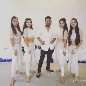 Traditional/bollywood Dance - Bollywood Dancer