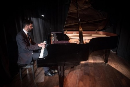 Guido Valdellora - Pianist / Keyboardist